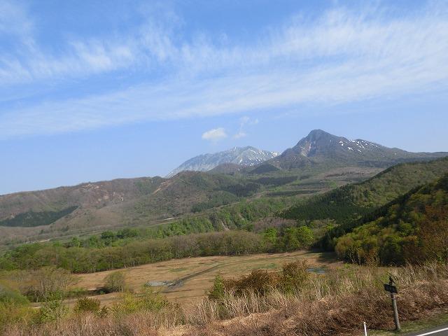 鬼女台から見る大山・烏ヶ山1