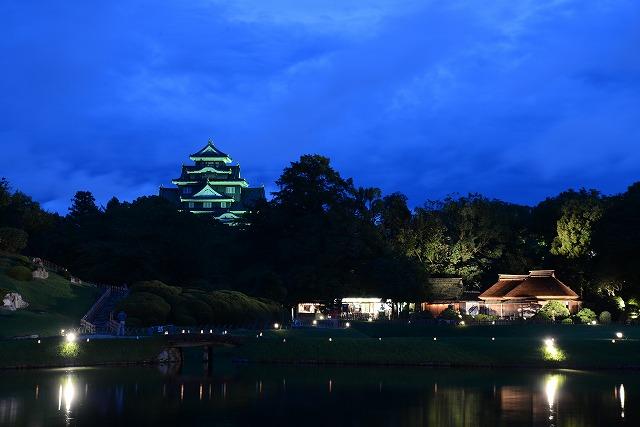 花火前の後楽園からの夜景