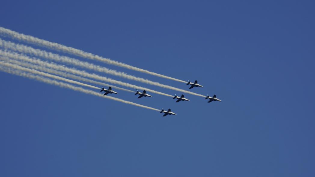 国立競技場ファイナル ブルーインパルス展示飛行4