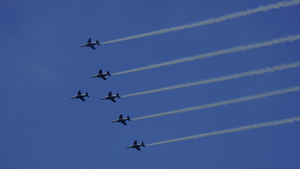 国立競技場ファイナル ブルーインパルス展示飛行 12