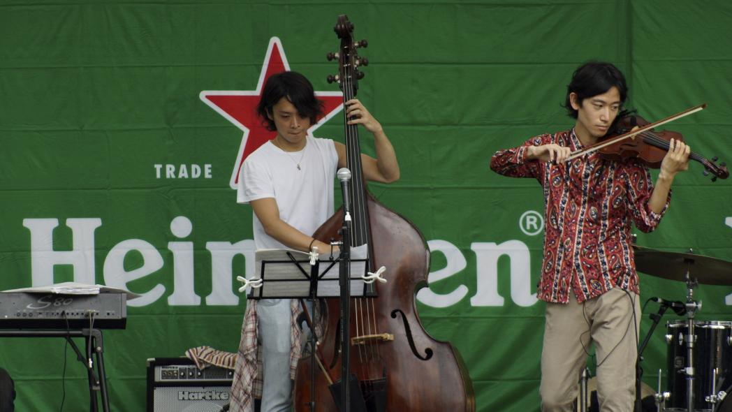 バイオリン奏者 A隅田 JAZZ 20140816.