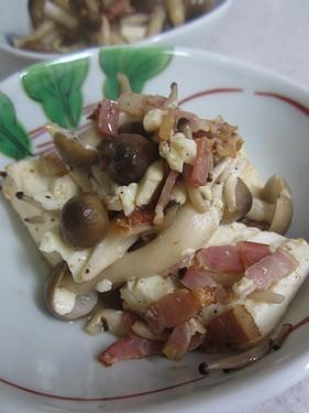 20140331 豆腐とベーコン黒胡椒炒め