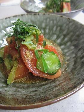 20140818トマトときゅうりのしそごまサラダ
