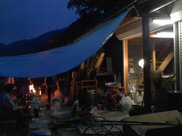 生野 夜テント