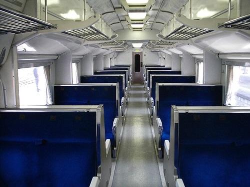 800px-JNR583seat.jpg