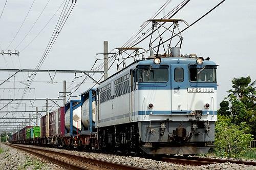800px-JR_Freight_EF65-1042.jpg