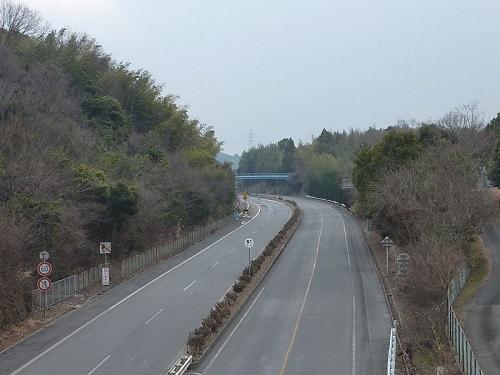 800px-Ube_Kosan_Road_Funaki.jpg