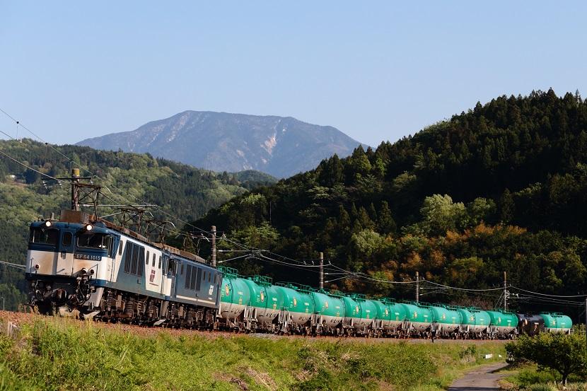 恵那山と青空と風が・・・・