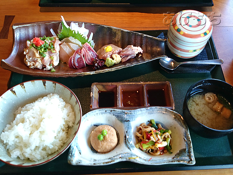 霧島鶏のお刺身定食