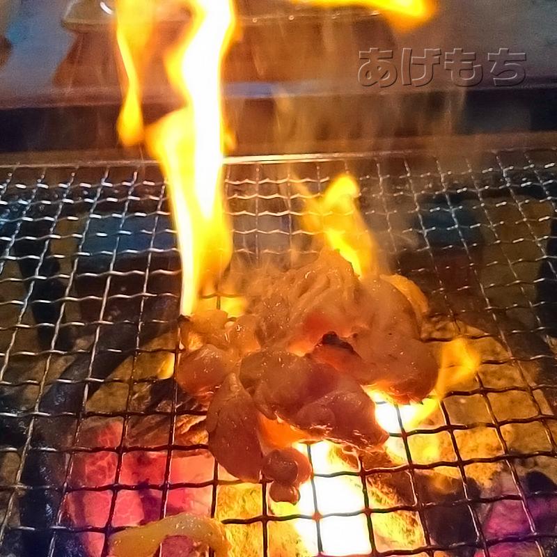 囲炉裏焼き中~