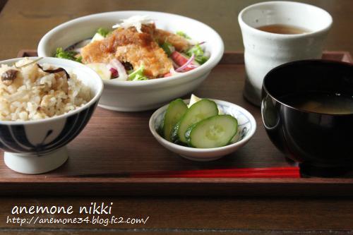 塩麹きのこ炊き込みご飯&豆腐ステーキ1