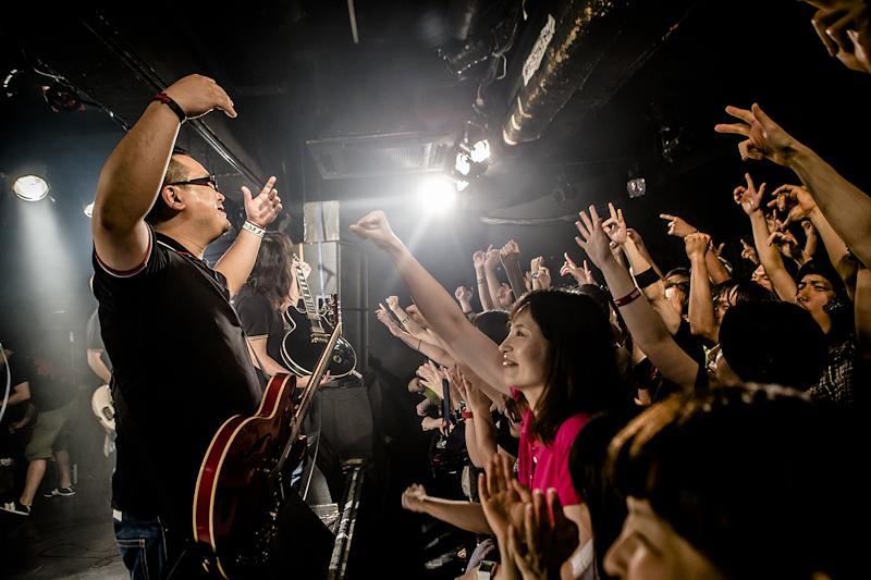 ULTRA_O_TOUR-1.jpg