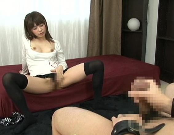 JKや熟女に手コキや生足コキで焦らされながらの寸止めプレイの脚フェチDVD画像3