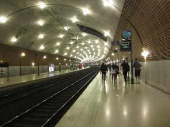 モナコ駅 2