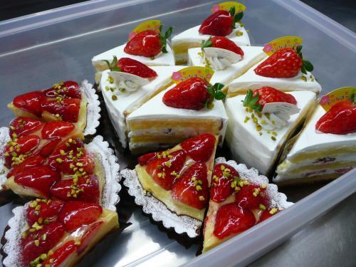 苺のショートケーキ&苺のタルト①