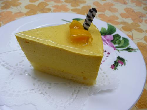 マンゴのムースケーキ