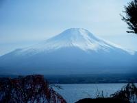 山中湖からの富士