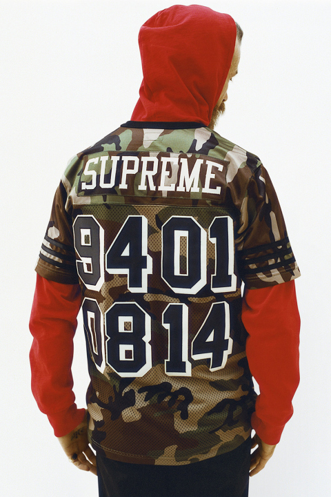 supreme-2014-spring-summer-lookbook-20.jpg