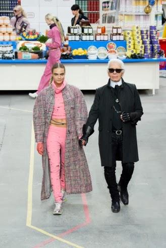 Cara Delevingne y Karl Lagerfeld