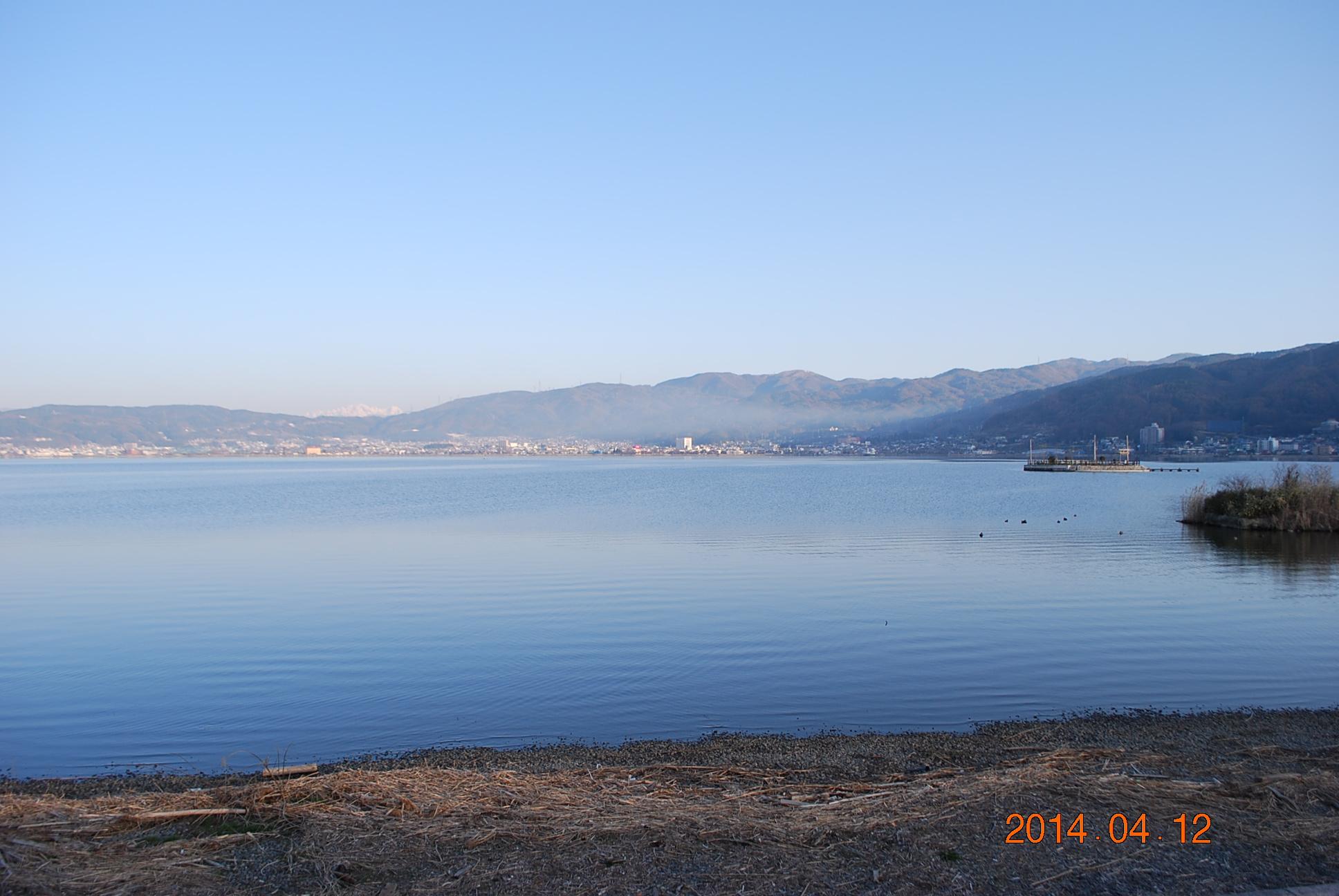 諏訪湖 朝の風景
