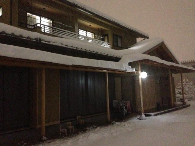 2014_2_14大雪の夜 家