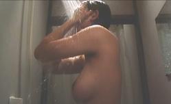 シャワーを浴びられた邦子