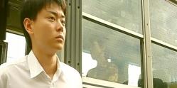 バスから降りてきた男子高校生・遠馬