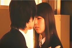 レナにキスして