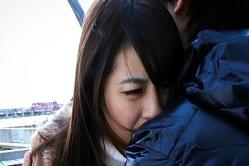 ユキテルの胸に飛び込むユノ