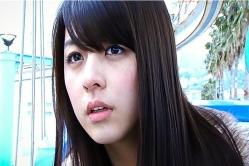 二人がキスしているところを見てしまったユノ