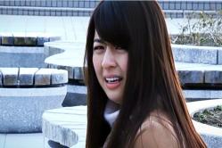 泣いているユノ