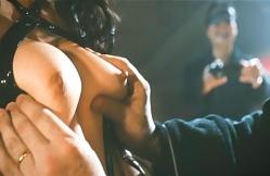 SM倶楽部の変態会員・岡村に乳房を揉まれている壇蜜