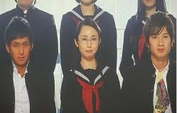 卒業アルバムの中の小鳩