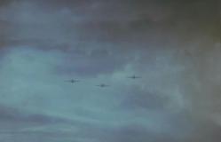 還らぬ空に飛び立ってゆく特攻機