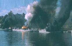 炎上するアメリカの戦艦