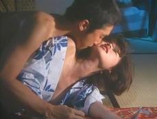 百合花にキスしながら