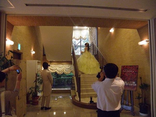前撮り階段カラードレス - コピー