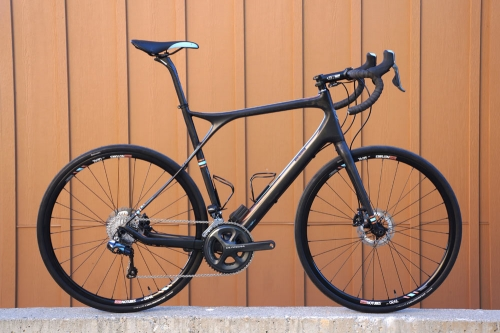 2015-GT-Grade-carbon-gravel-road-bike01.jpg