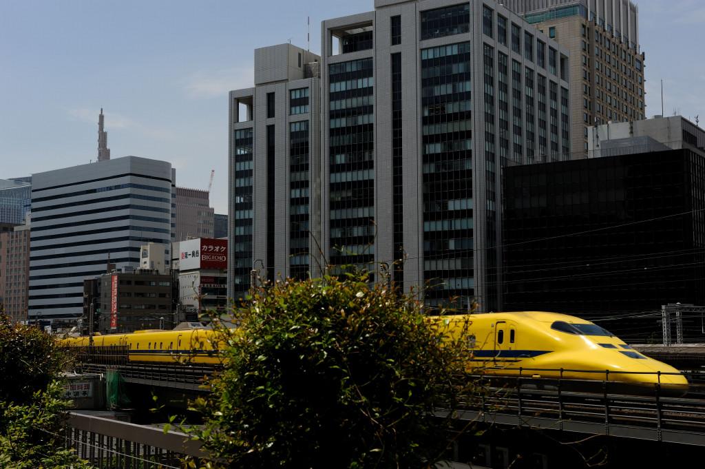 東海道新幹線 ドクターイエローT4編成  東京交通会館