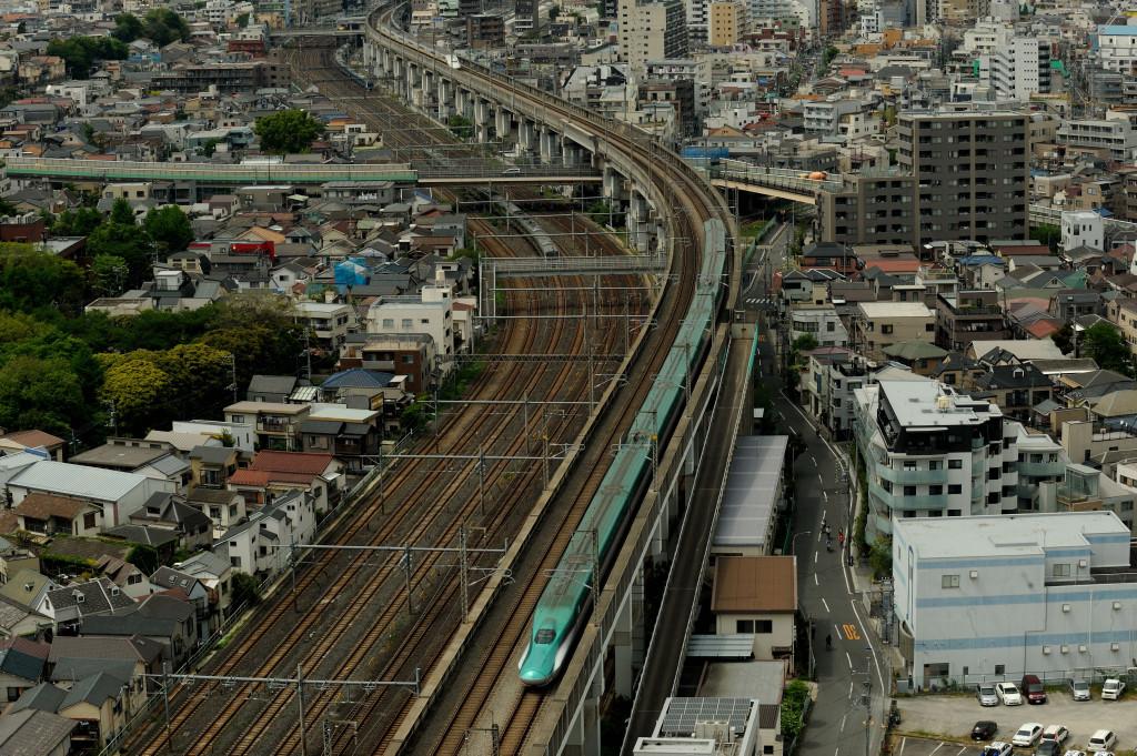 東北新幹線 E5系  北とぴあ