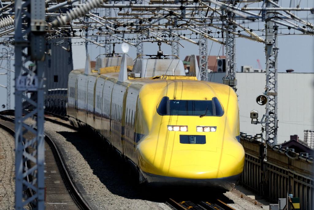東海道新幹線 ドクターイエローT4編成  西馬込跨線橋