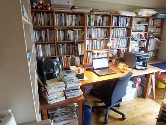 書斎と本棚