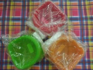 カラフル食器3色