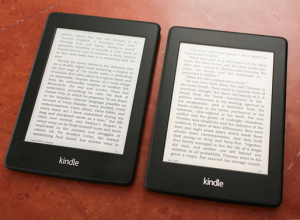 amazon_kindle_paperwhite_e-ink_mobius_image.png