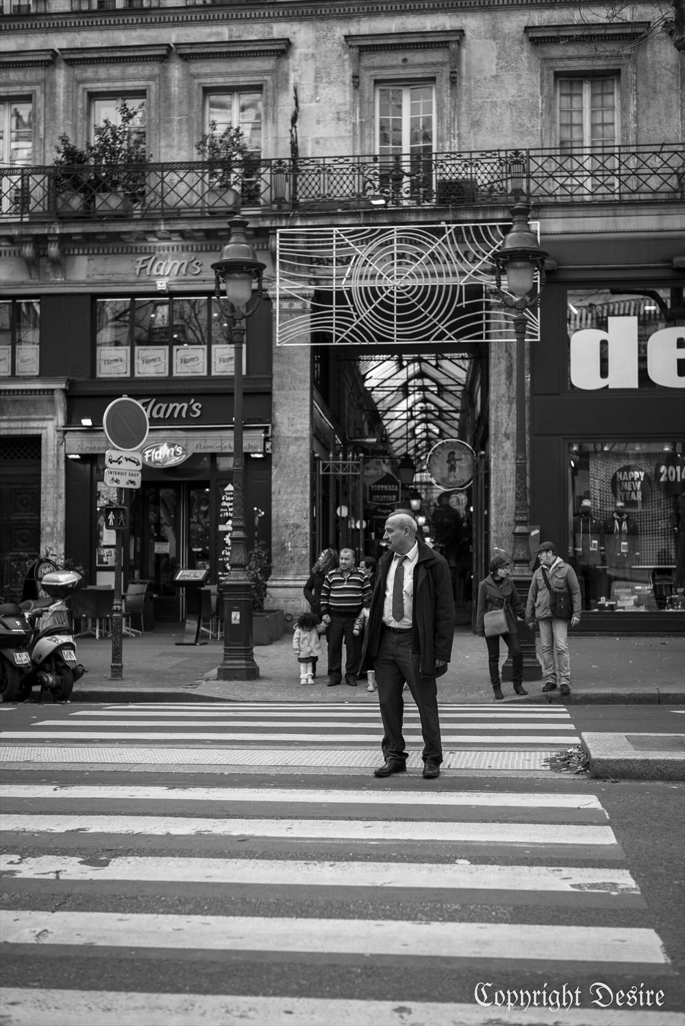 2014 Paris04_2001