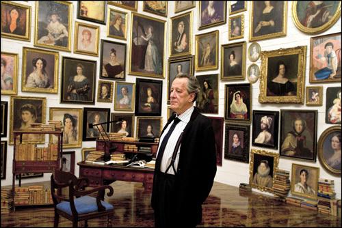 ジュゼッペ・トルナトーレ 『鑑定士と顔のない依頼人』 肖像画に囲まれた隠し部屋の鑑定士。