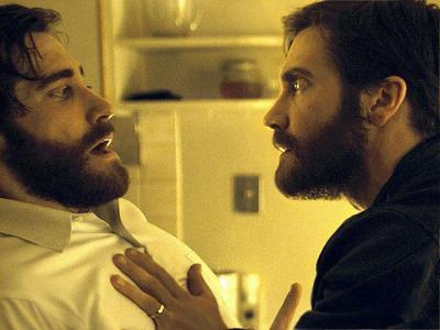 ドゥニ・ヴィルヌーヴ 『複製された男』 アダムとアンソニーの二役を演じわけるジェイク・ギレンホール