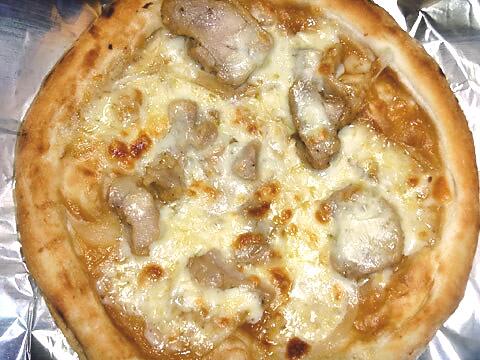 ピザレボの「照り焼きチキン」 焼いた後