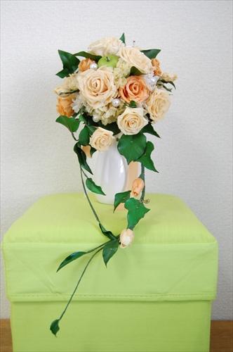 【ブーケ】オレンジ色のバラと青リンゴのブーケ