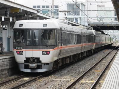 松本駅しなの2